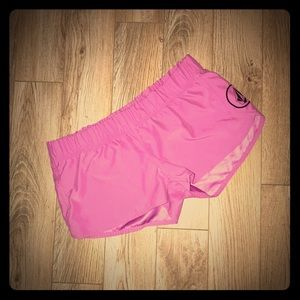 🏃🏼‍♀️Ladies M 12 Volcom Shorts Adorable Flawless